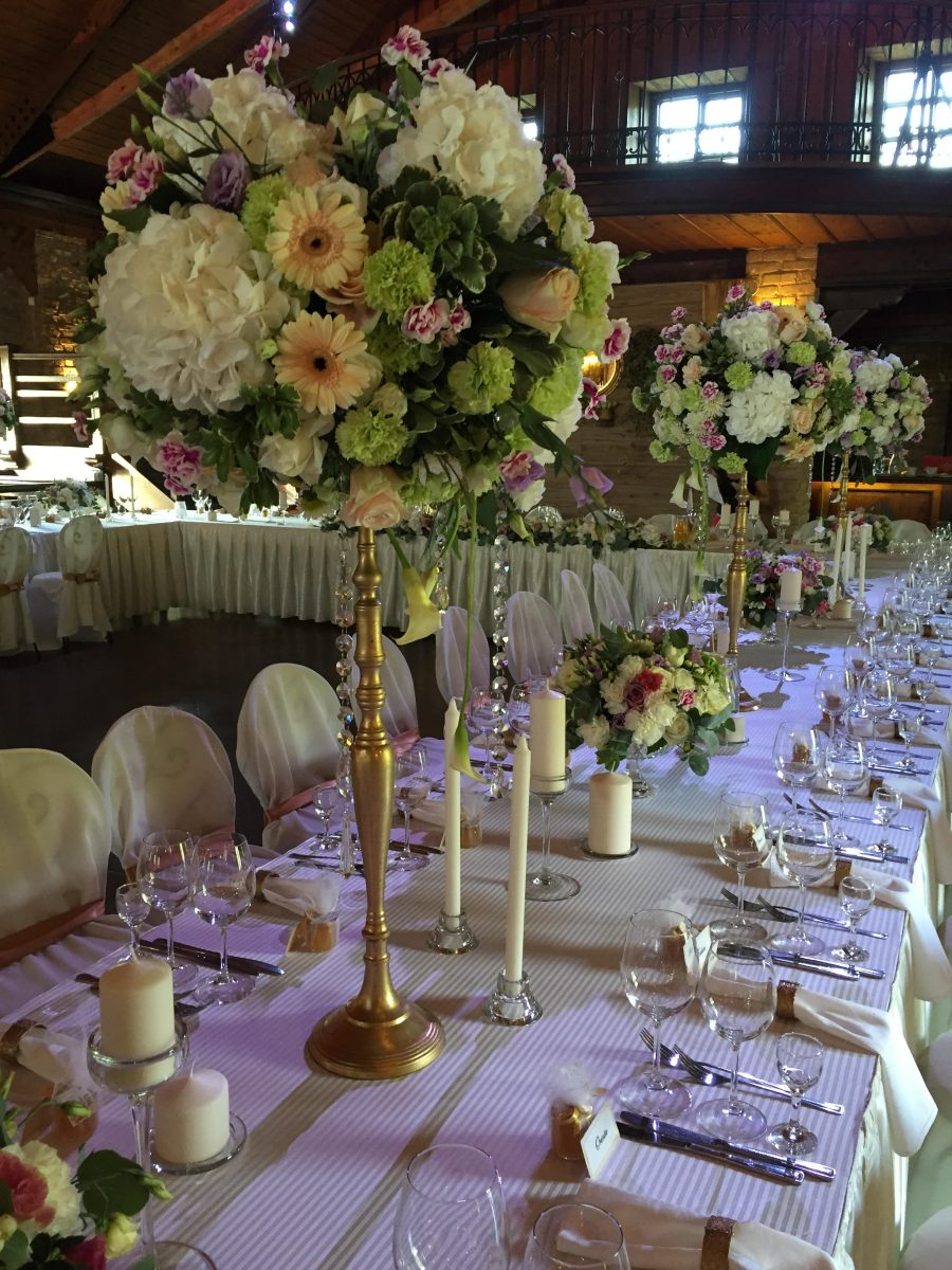 puokstes vestuvems